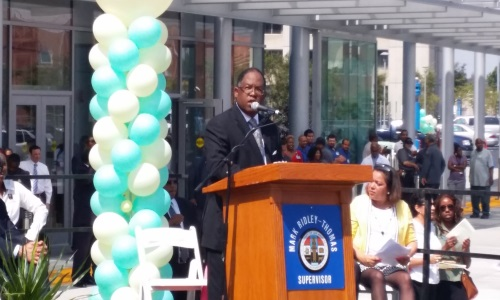 Picture of Los Angeles County Supervison Mark Ridley-Thomas at Podium.